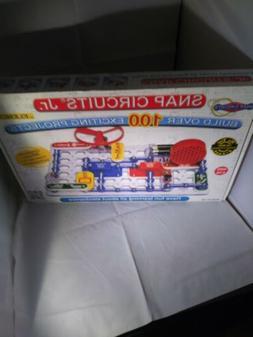 Snap Circuits Jr. SC-100 Electronics Exploration Kit, Kids B